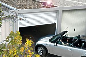 Das automatische Garagentor ohne Stromanschluss